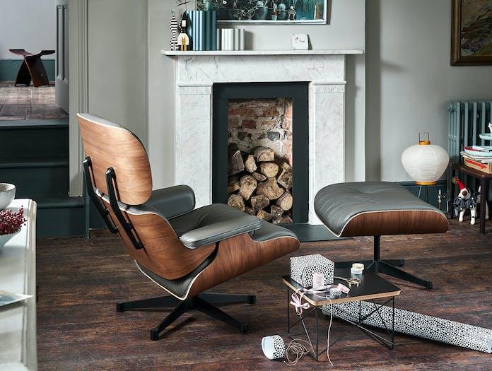 Vitra Lounge Chair Ottoman LTR Akari Light Sculpture