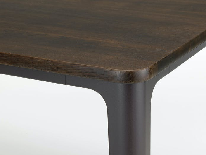 Vitra Plate Dining Table smoked oak detail
