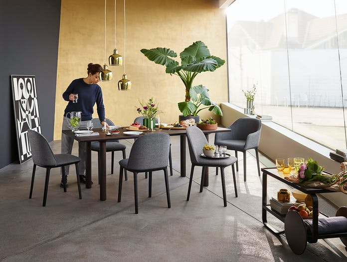 Vitra Softshell Side Chair Wood Table