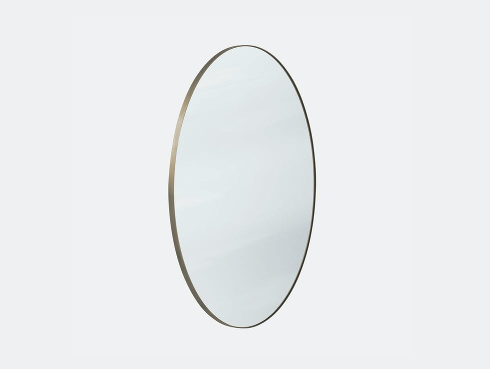 Amore Mirror image