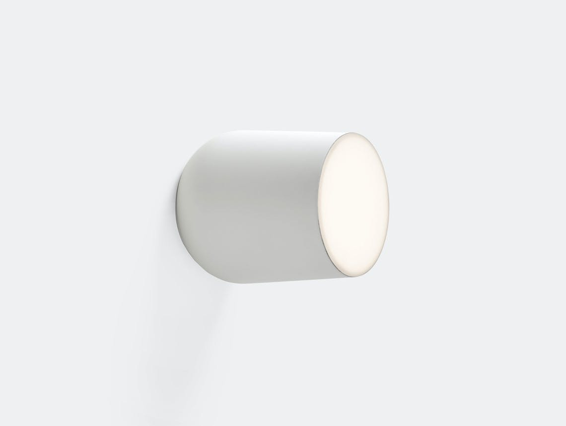 And Tradition Passepartout Wall Light Jh10 White Jaime Hayon