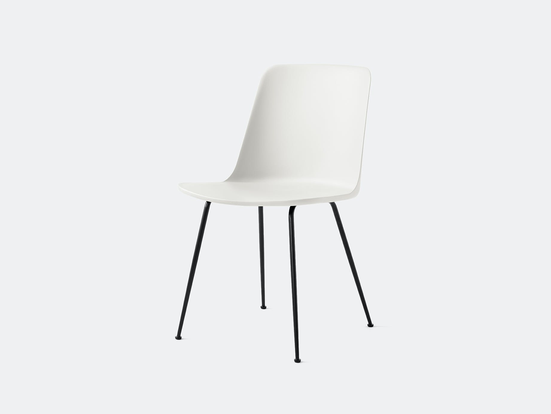 Andtradition rely chair four leg blk white