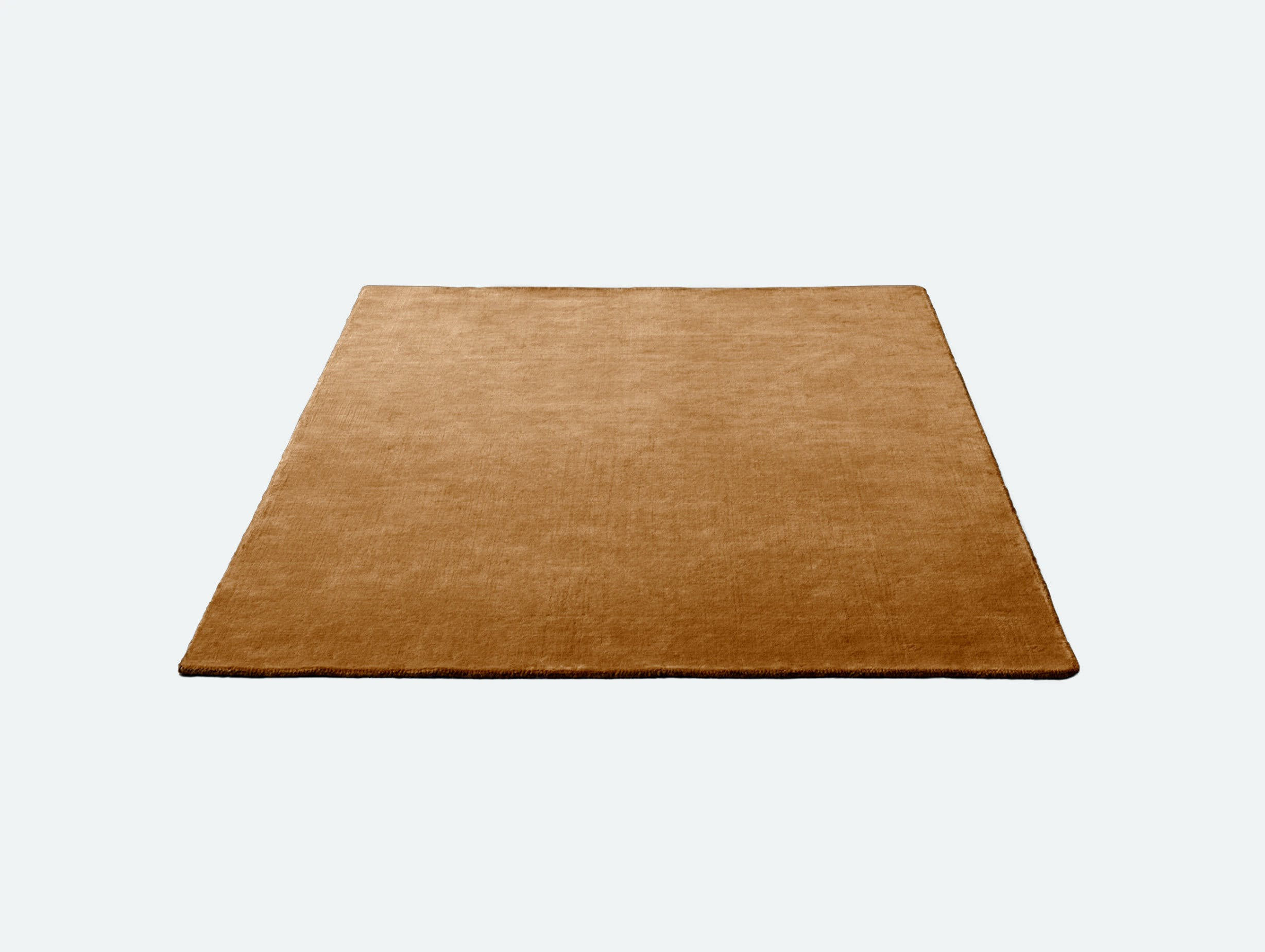 Andtradition the moor rug AP5 brown gold