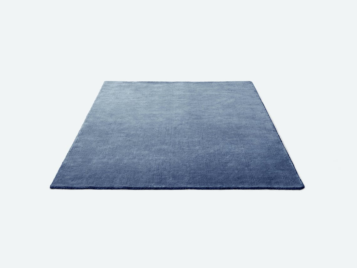 Andtradition the moor rug AP5 grey blue thunder