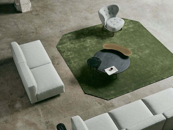 And tradition little petra lounge chair situ 3