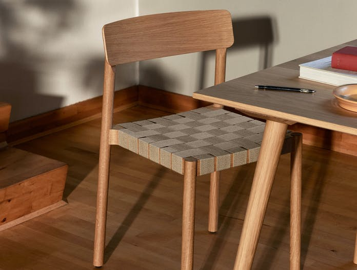 Andtradition betty chair TK1 oak natural ls