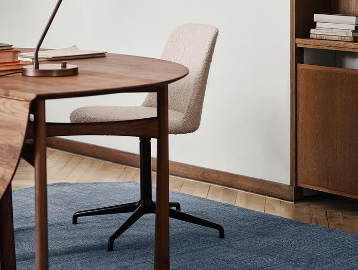 Andtradition rely chair HW13 ls 2