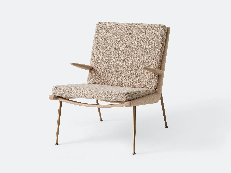 And Tradition Boomerang Lounge Chair with arms Oak Karakorum 003 Hvidt Molgaard