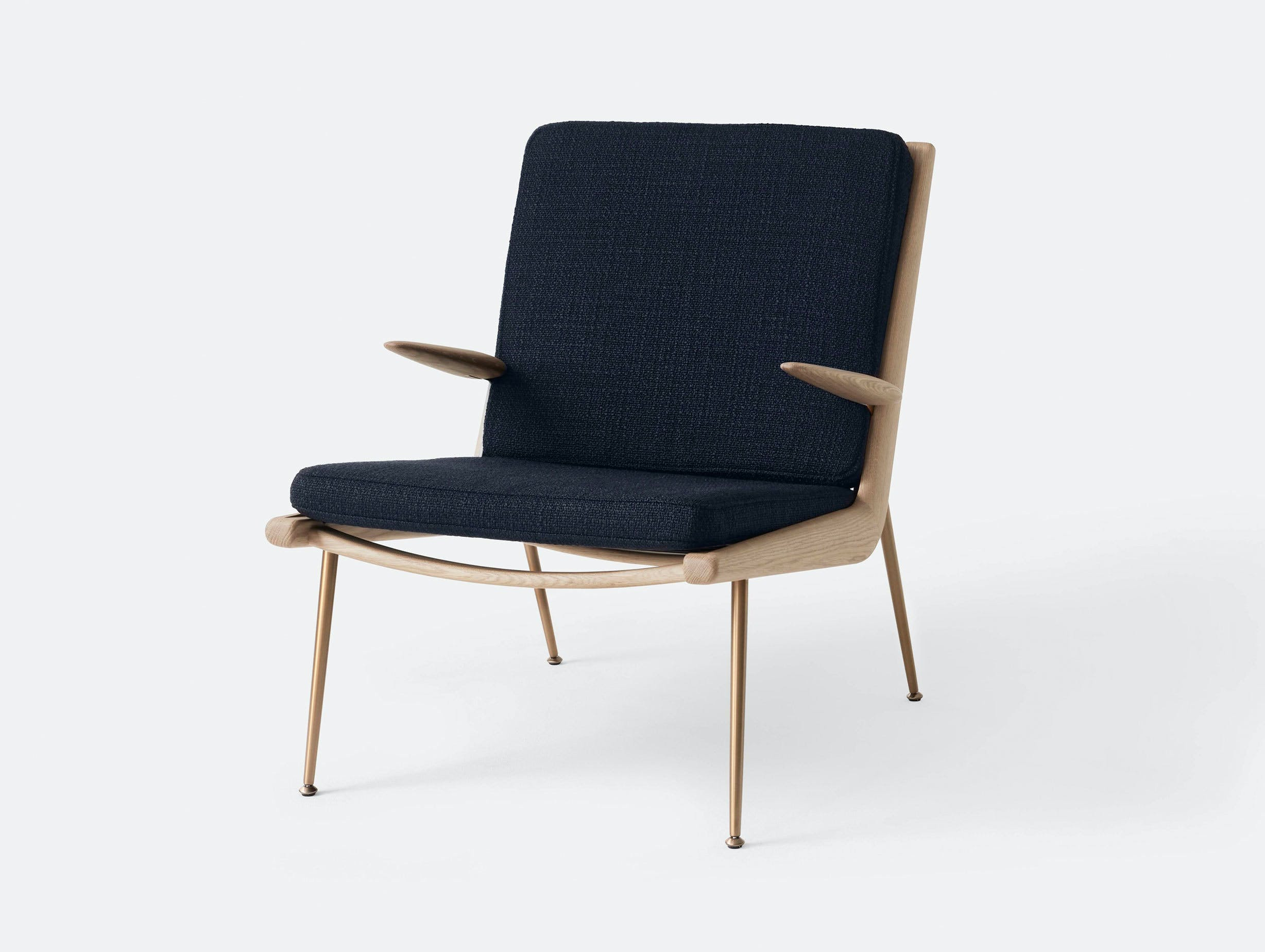 And Tradition Boomerang Lounge Chair with arms Oak Loop Marine Hvidt Molgaard