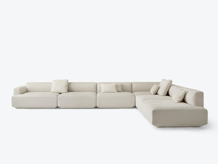And Tradition Develius corner sofa w pillows maple 202