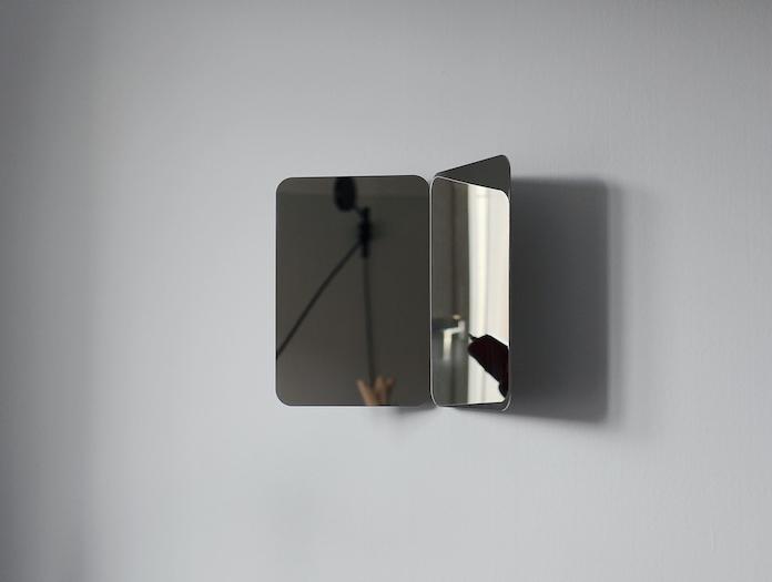 Artek 124 Degree Mirror Small Daniel Rybakken