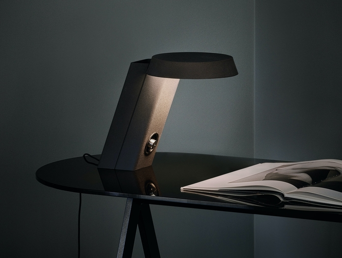 Astep Model 607 Table Light Gino Sarfatti