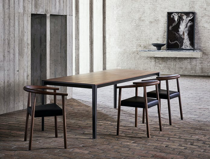 Bensen able table tokyo chairs walnut