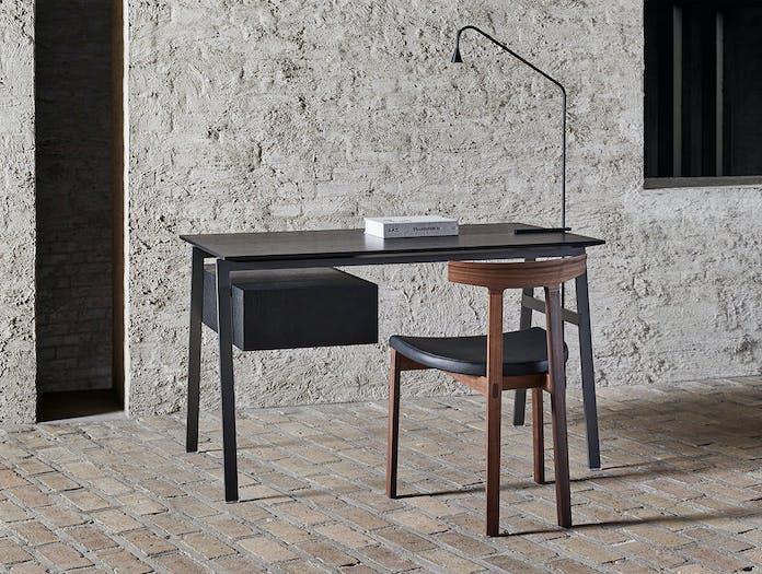 Bensen homework desk wooden top black Torii chair