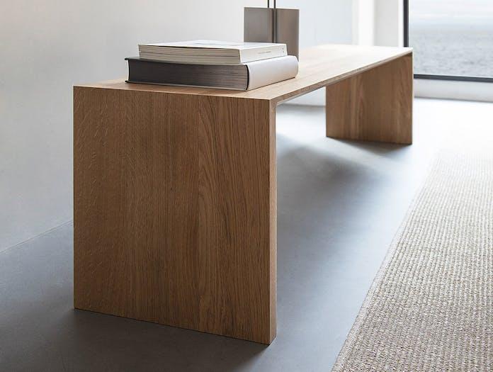 Bensen radii bench oak detail 1