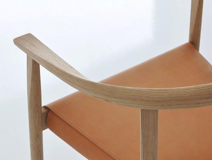 Bensen tokyo chair detail 2 oak