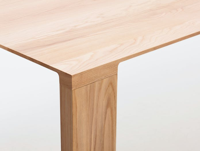 Bensen Radii Table Corner Detail