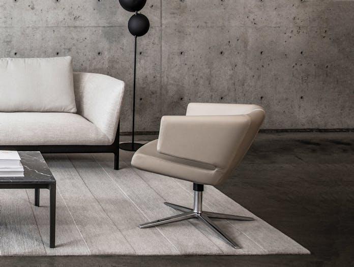 Bensen lotus lounge chair situ
