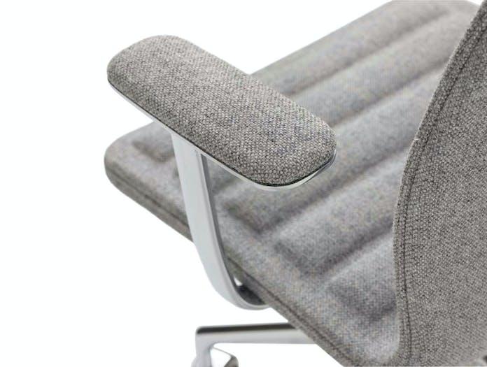 Cappellini Lotus Task Chair Arm Detail Jasper Morrison