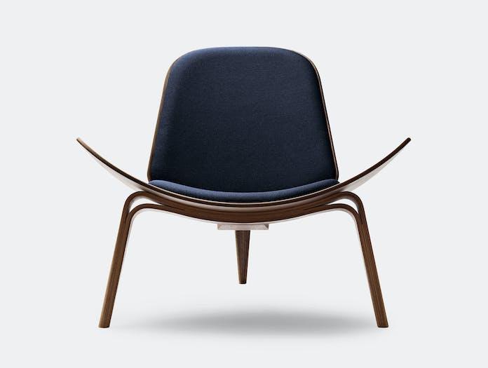 Carl Hansen Ch07 Shell Chair Walnut Hans Wegner 5