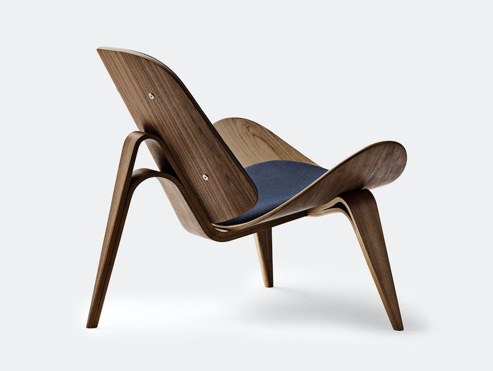 CH07 Shell Chair image