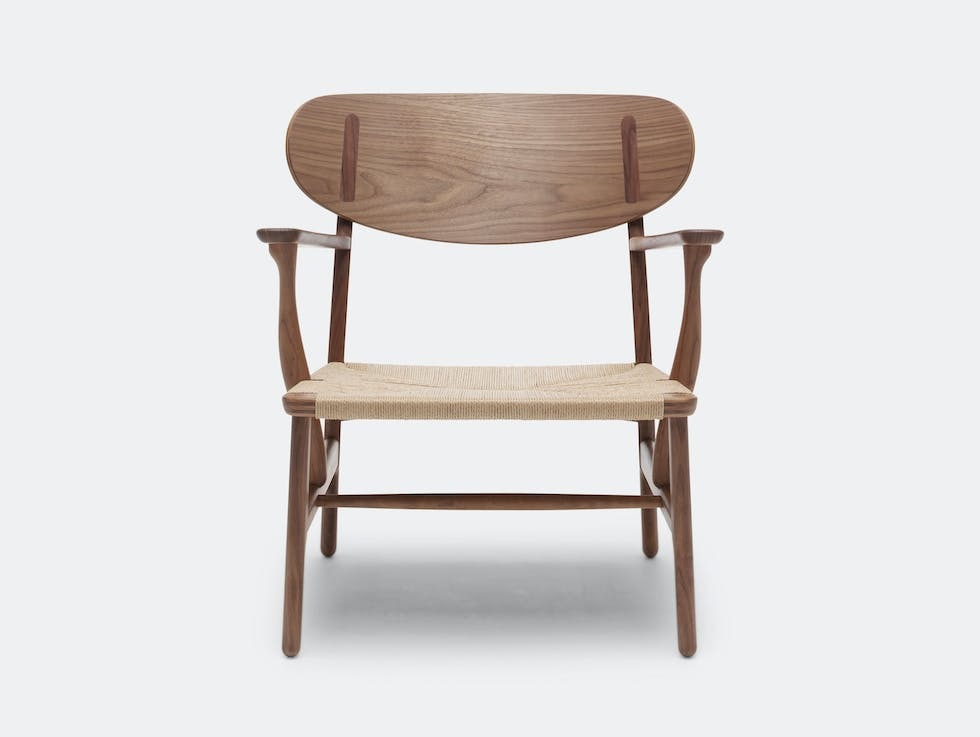 CH22 Lounge Chair image