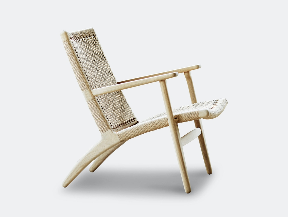 CH25 Lounge Chair image