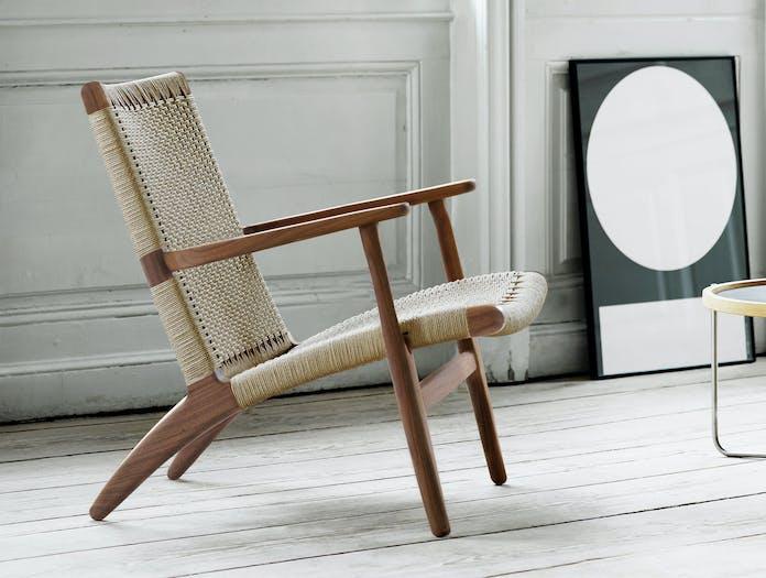 Carl Hansen Ch25 Walnut Lounge Chair Hans Wegner