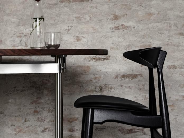 Carl Hansen Ch33 Chair Black Upholstered