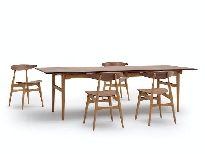 Carl Hansen Ch33 Chairs Walnut Ch327 Table