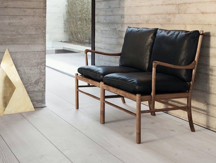 Carl Hansen Ow149 Colonial Sofa Walnut Black Leather