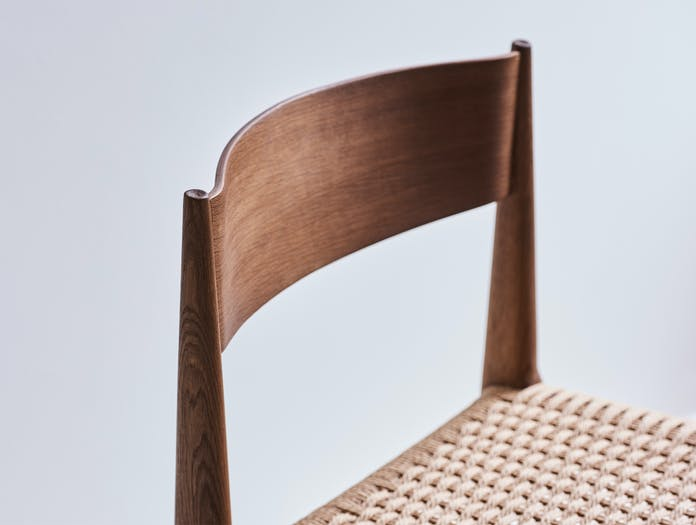 Dk3 pia chair story 01