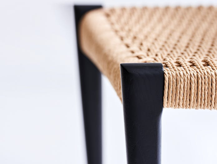Dk3 pia chair story 04