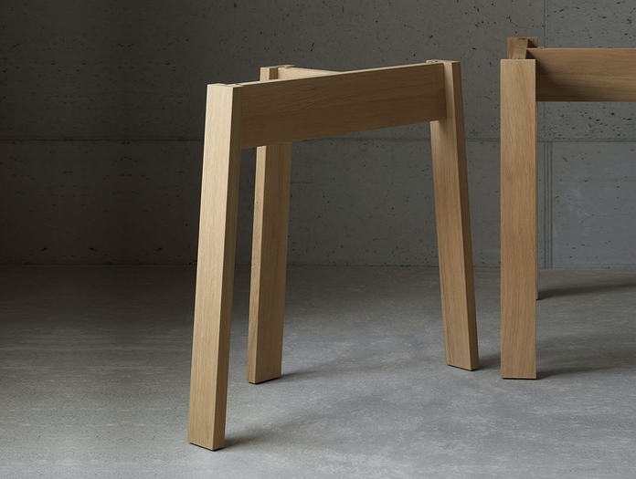 E15 Basis Table Legs Oak David Chipperfield