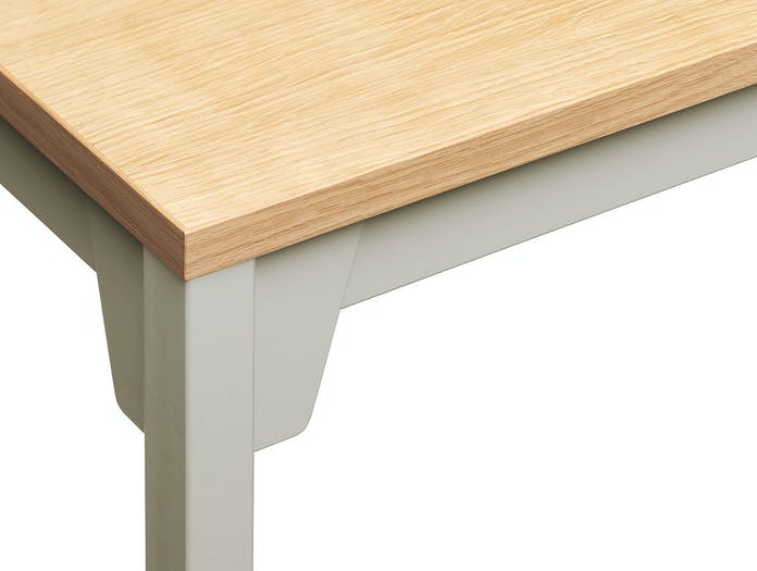 E15 Frankfurt Table oak veneer silk grey detail Ferdinand Kramer