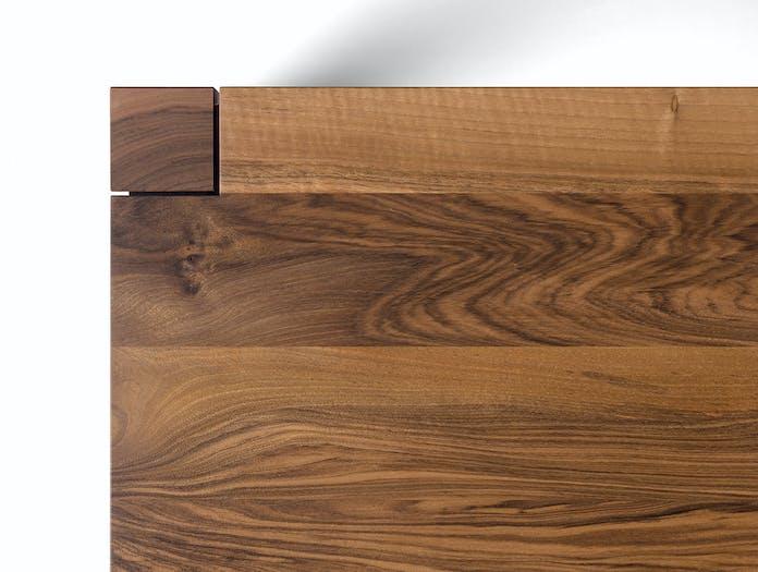 E15 Sloane table detail walnut