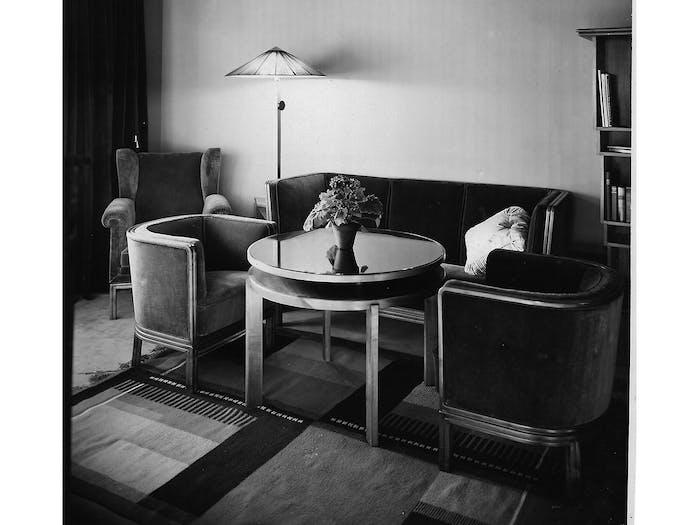 E15 Zet Kilim 1926 Wohnung Z grau