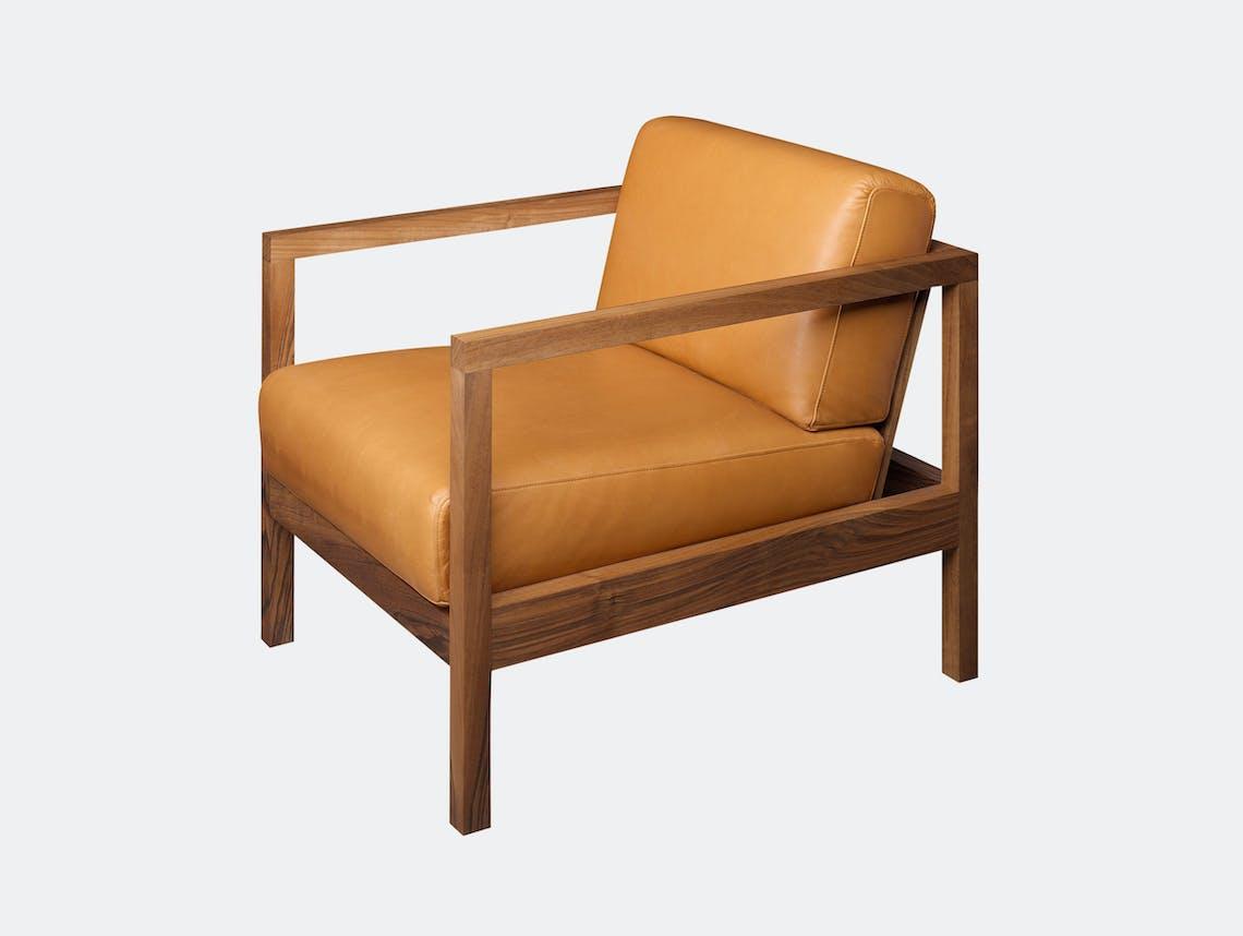 E15 Byron Lounge Chair Walnut Leather Florian Asche Phiipp Mainzer