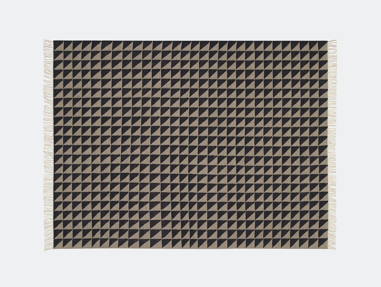 E15 Iza Rug Black Quartz Grey Philipp Mainzer