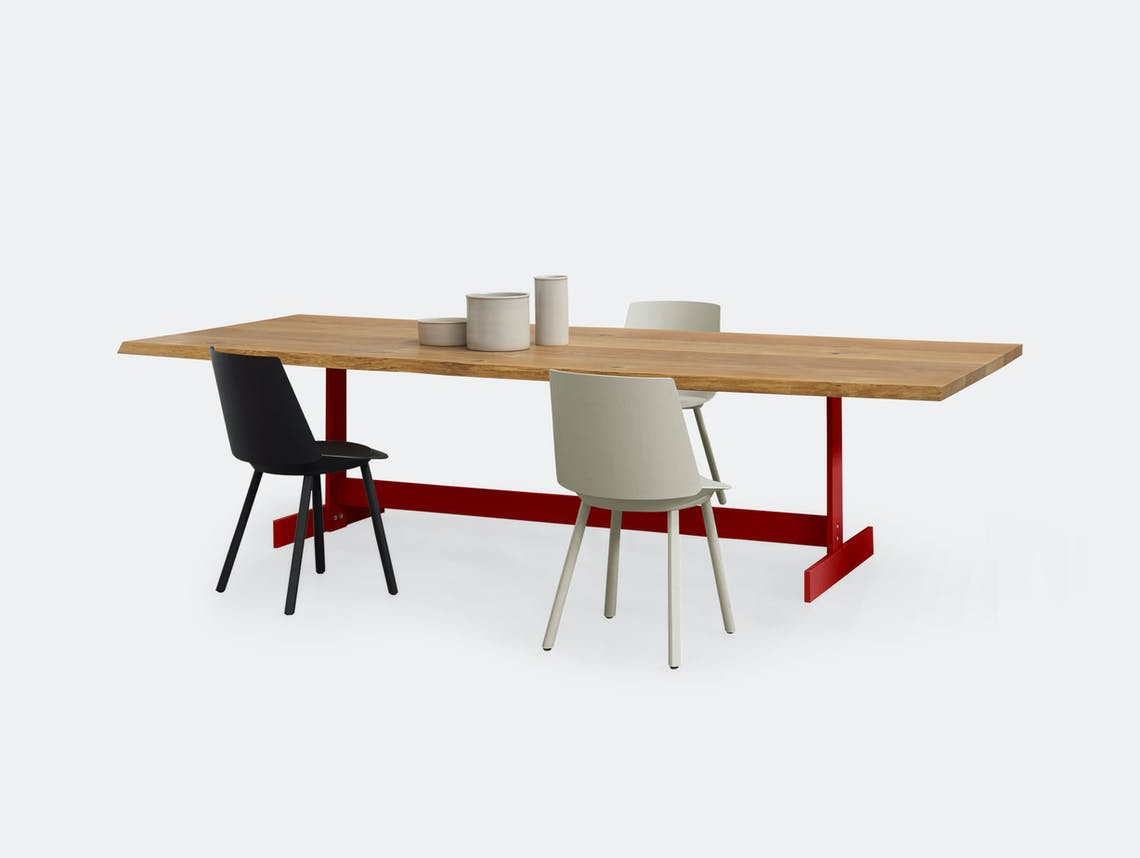 E15 Kazimir Raw Table Oak Red Philipp Mainzer D