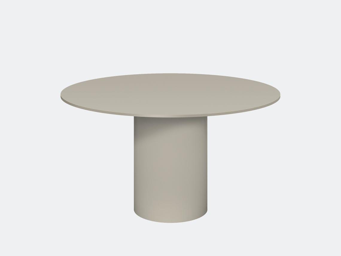 E15 hiroki dining table silk grey