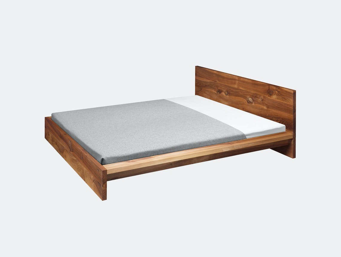E15 Mo Bed Walnut Philipp Mainzer