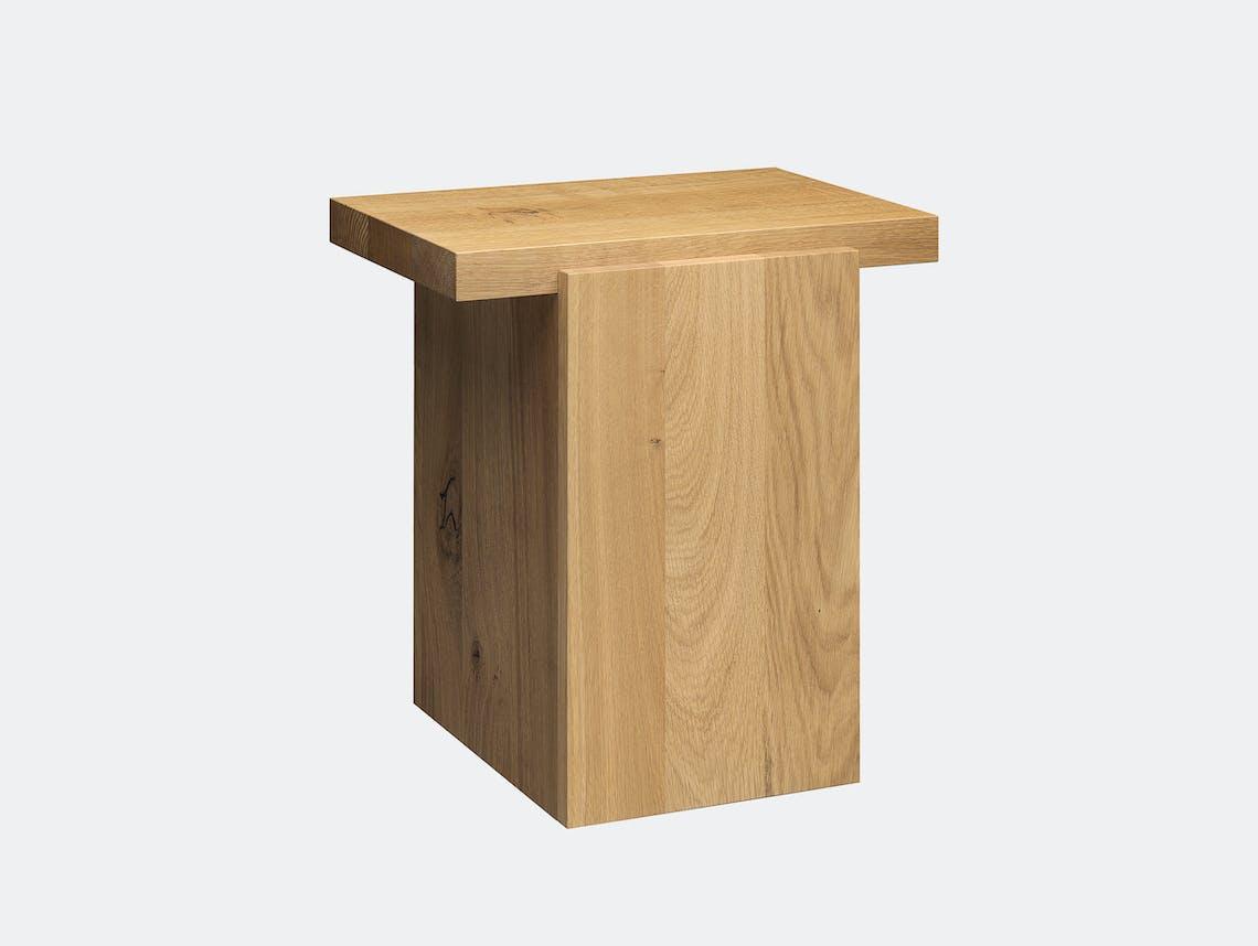E15 tore table small oiled oak