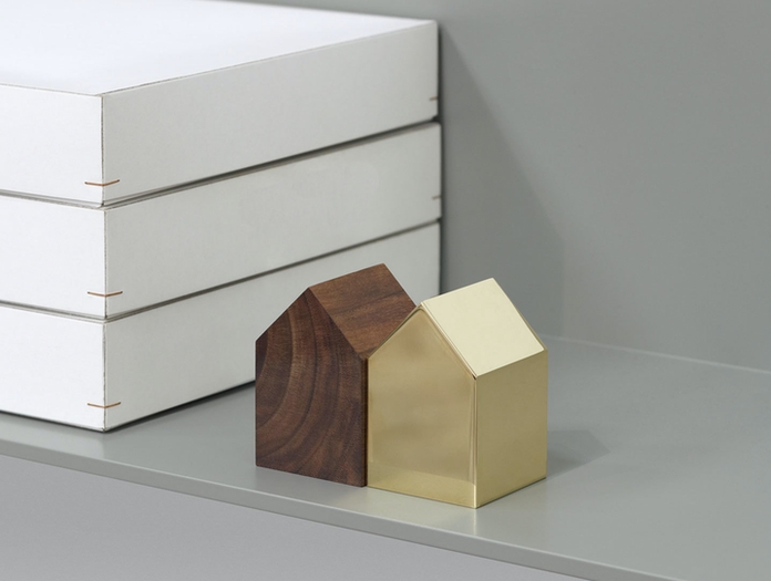 E15 Haus Paperweights Brass Walnut Small Saddle Roof Jan Philip Holler