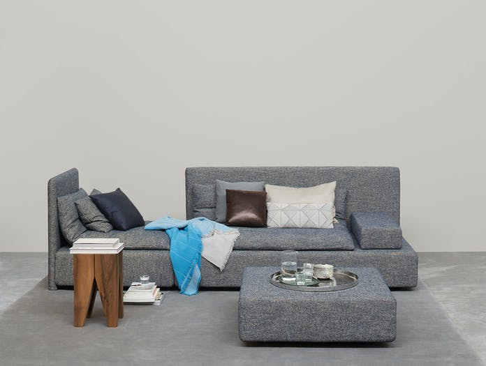 E15 Shiraz Sofa 2 Philipp Mainzer Farah Ebrahimi