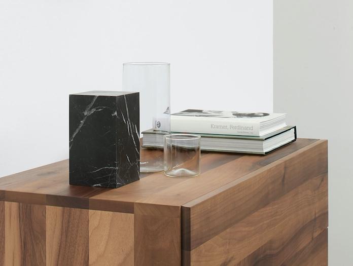 E15 Stop Bookend Tall Nero Marquina Marble Philipp Mainzer