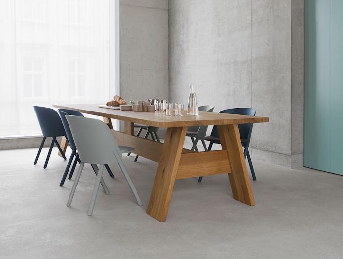 E15 Fayland Table Oak End David Chipperfield