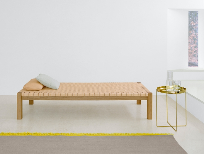 E15 Habibi Table Theban Daybed