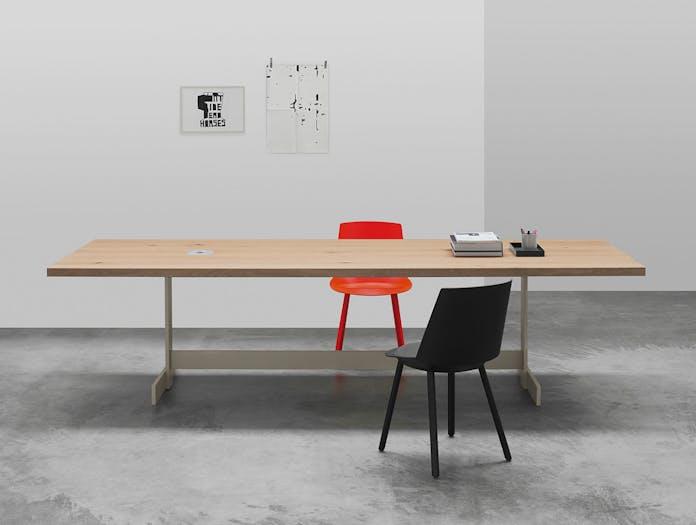 E15 Kazimir Table Oak Grey Philipp Mainzer