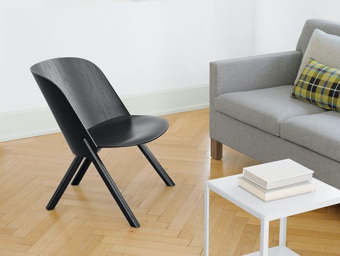 E15 That Lounge Chair Black 2 Stefan Diez